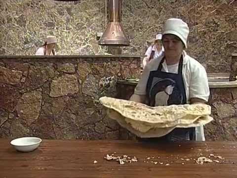 Le lavash : préparation, signification et aspect du pain traditionnel en tant qu'expression culturelle en Arménie - patrimoine immatériel - Secteur de la culture - UNESCO