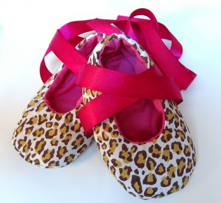 Pink Baby Shoes Image