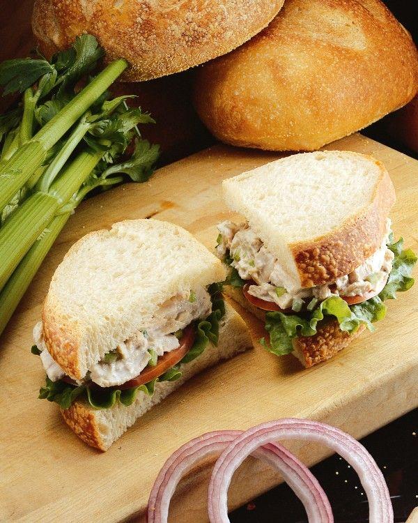 Lana: tuna sandwich