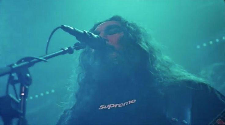 미국 '스래시 메탈(Thrash Metal)'의 부흥을 이끈 밴드 '슬레이어(Slayer)'와 스트릿웨어의 독보적 존재인 '슈프림(Supreme)'이 2016 가을 시즌의 비디오를 공개했습니다.