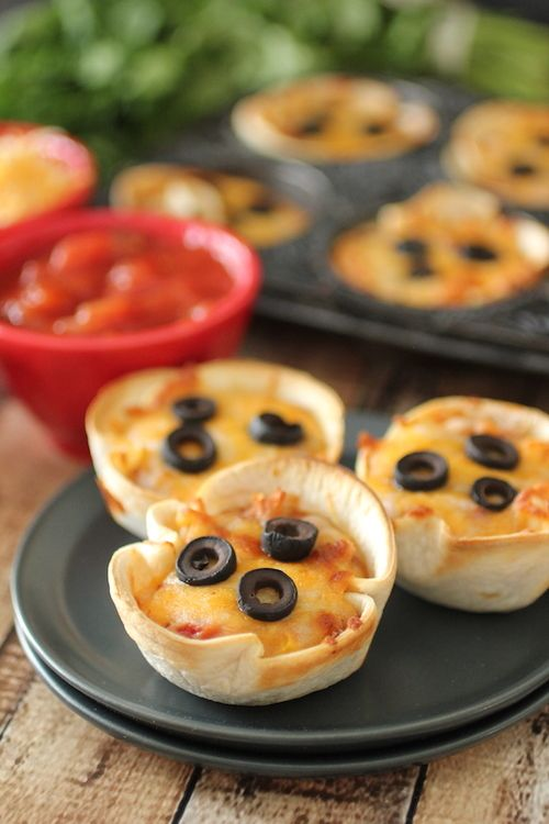 Mini Mexican Pizzas