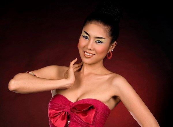 phim Việt Nam một đời giông tố