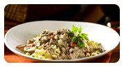 A great recipe for a quick weeknight meal.  Simple Skillet Ground Beef Stroganoff #loveCDNbeef