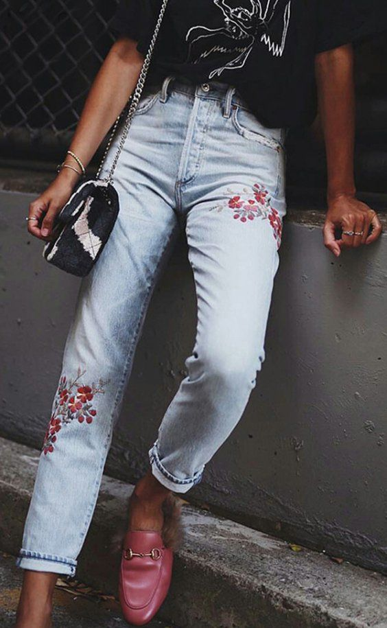 Denim embroidery jeans + lofers + grunge t-shirt
