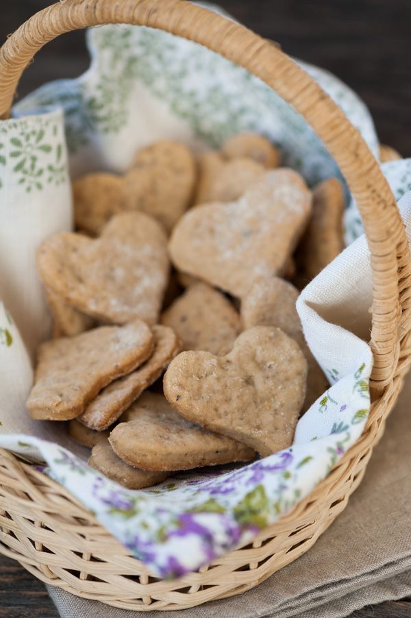 Αυτά τα μπισκοτάκια κλέβουν καρδιές! Τα ετοιμάζετε με Αλεύρι για Όλες τις Χρήσεις ΓΙΩΤΗΣ και δεν χρειάζονται ούτε μίξερ, τόσο εύκολα! #μπισκότα