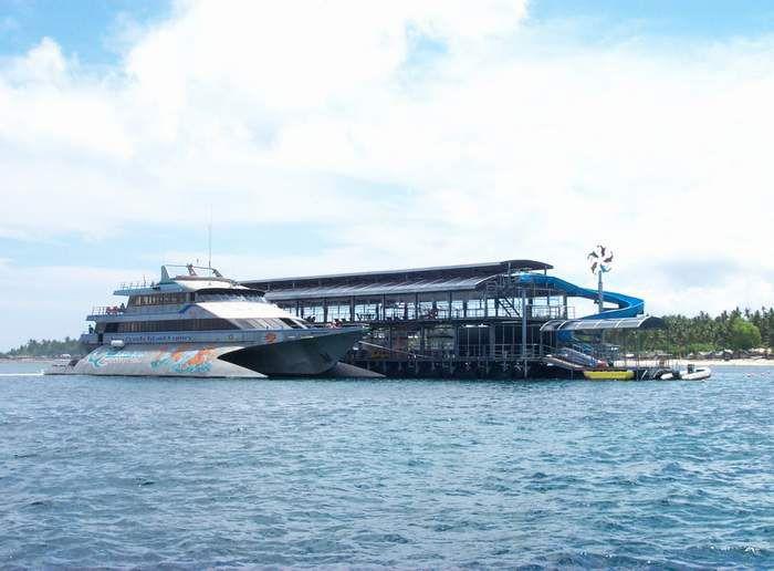 Quicksilver Cruise - Views Quiksilver Crurises