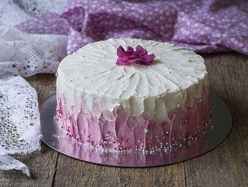 Как украсить торт кремом - рецепт с пошаговыми фото / Меню недели