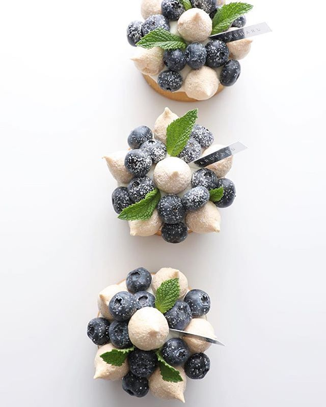 Repost @garuharu_official - Blueberry Tart by GARUHARU -Blueberry confiture, Mascarpone cream, Almond meringue GARUHARU Seoul #garuharu #tart #blueberrytart #blueberry #mascarpone #meringue #almond #pastry #patisserie #pâtisserie #pastries #dessert #foodlove #vsco #vscofood #vscostyle #foodie #foodpic #sweets #pastrychef #pastryporn #pastrylife #pastrypassion #gourmandise #gourmand #delicious #yummy #food #instagramer #blogger .