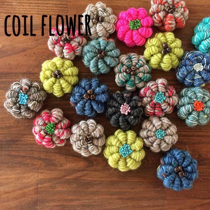 ohana◡̈♥︎ * * #編み物#編み小物#毛糸#かぎ針#かぎ針編み#手編み#コイル編み#2本取り#ハンドメイド#お花#アクセサリー#ビビッドカラー#ソリッドカラー#ビーズ#knit#knitting#handknitting#crochet#crochetneedle#handmade#flower#beads#accessory#vividcolor#solidcolor#hana