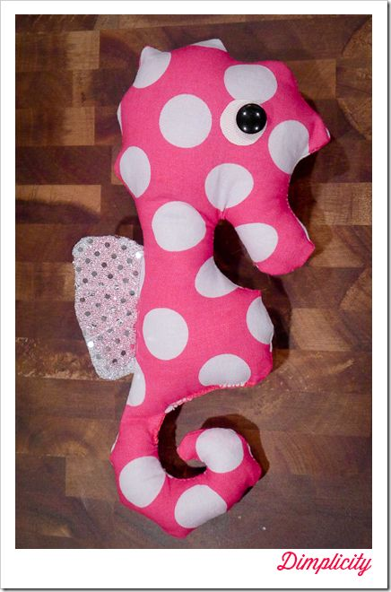 Seahorse Plushie Tutorial and Free Template Printable Pattern