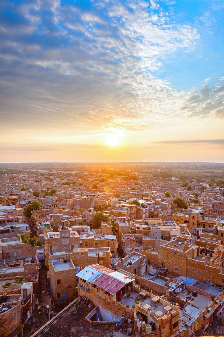 Jaisalmer sunrise- ancient Hindu city in India