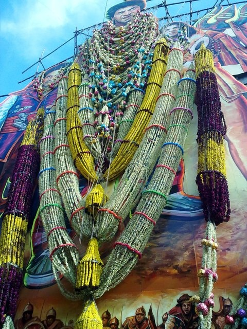 Highest Garlands for Any INDIAN Superstar Cutout