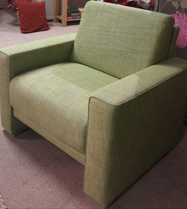 #3fm #SR16 Doe mee! Een mooie groene stoel voor het goede doel! Bieden vanaf  € 100,-- www.remeijsen-meubelen.nl