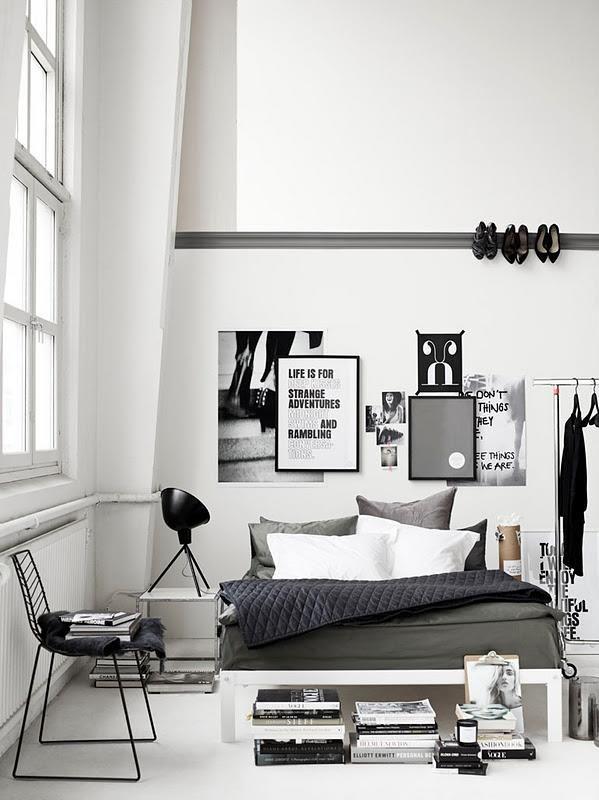 black - white - bedroom - slaapkamer - zwart - wit - boeken