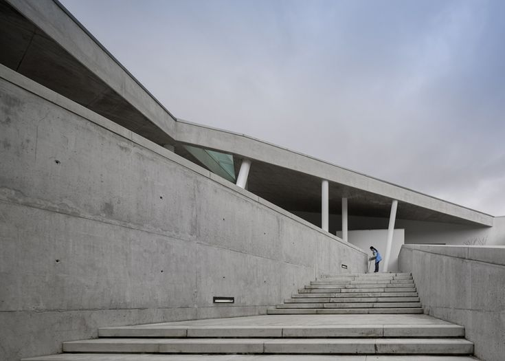 Caneças High School by ARX Portugal