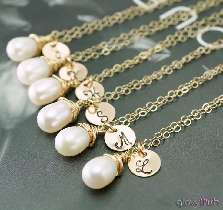 Bridesmaid gift set of 7 Pearl necklaces with hand stamped custom initials, single pearl, bridal jewelry, gold or silver filled
