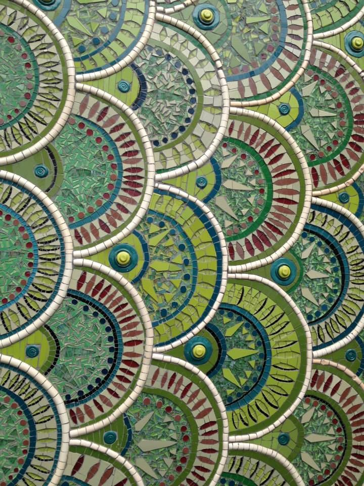 Jane du Rand Ceramic Mosaic Artist... Gives me an idea for the top of the dining room table.... hmmmm