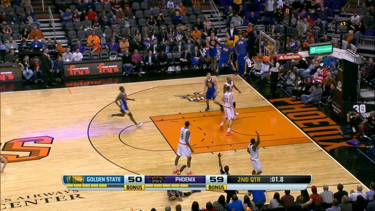 Andrew Bogut's AMAZING Behind-the-Back Assist to Curry for the Buzzer-Be...