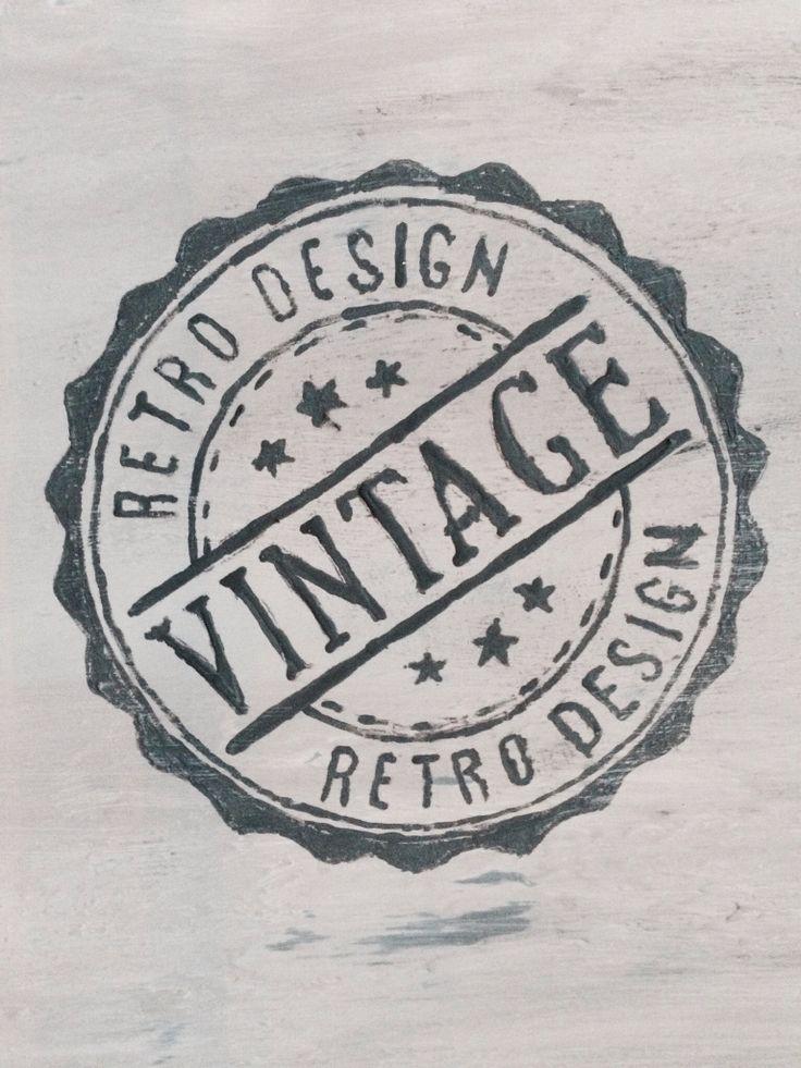 Vintage stempel geverfd op een meubel.