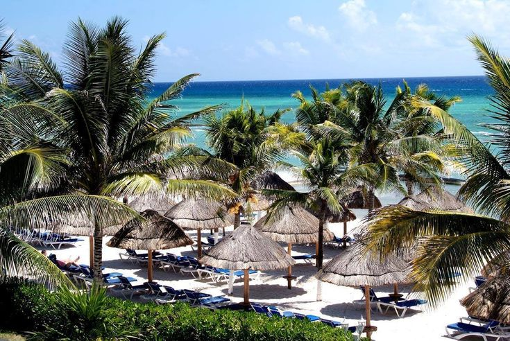 Splash and Sun: Family-Friendly Resorts in Cancun and Playa del Carmen