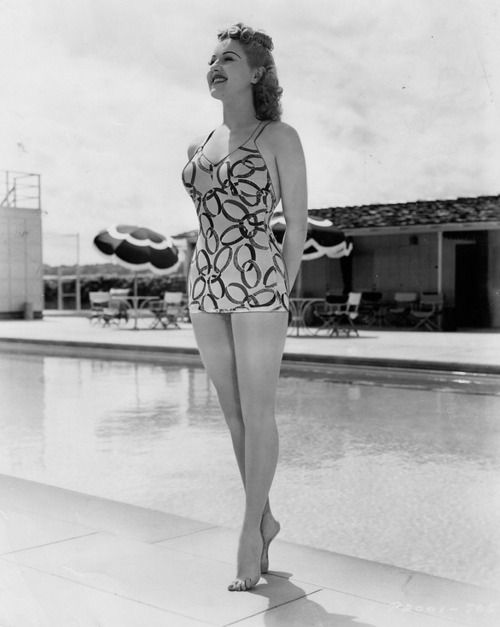 25 Fantastically Retro And Vintage Home Decorations: 1000+ Images About Betty Grable (1916-1973) On Pinterest