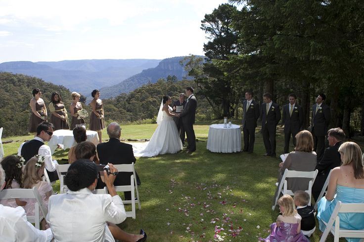 wedding ceremony at blue mountains