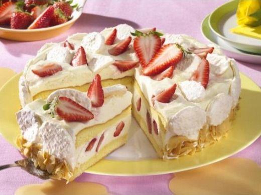 Šampaňský dort s jahodami - Recepty na každý den