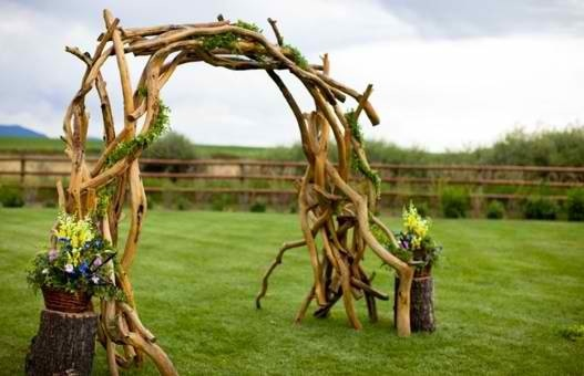 how to make a wooden garden arch