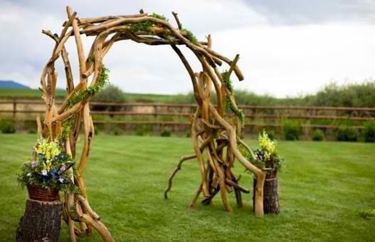 17 best images about driftwood wedding arbors on pinterest for Decoracion de parques y jardines