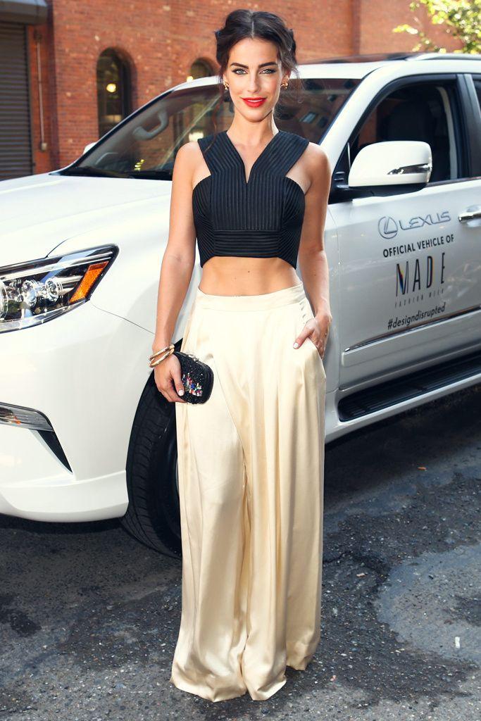 Rihanna y sus escotes, la familia Beckham, duelo de It girls... modelos, celebrities e invitados en la otra pasarela.