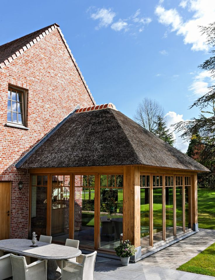 B+ Villas Renovation Interiors - Landelijke cottage