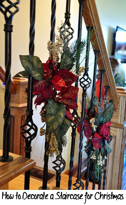 25 best ideas about christmas staircase on pinterest for How to decorate your stairs for christmas