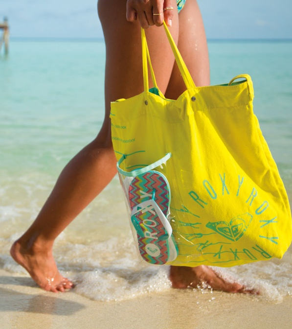 How perfect is this beach bag? #DAREYOURSELF