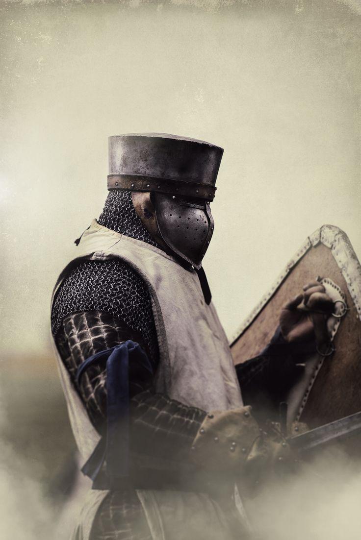 3f3c936cf42e615b9870974e4e93ebd6--medieval-armor-medieval-fantasy.jpg