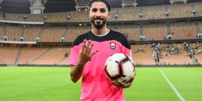 مفاوضات مفاجأة من الرائد مع لاعب الهلال Football Sports
