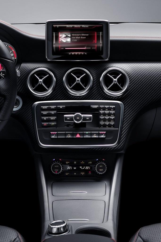 Mercedes Nuova Classe A Interni