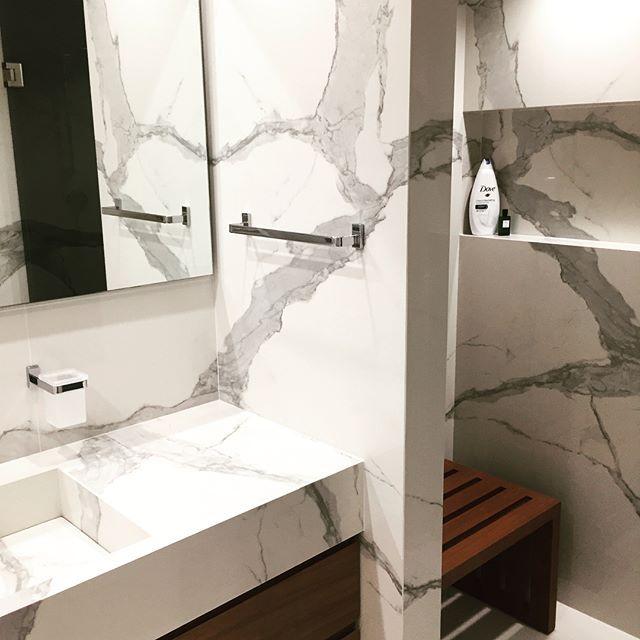 #Luxurybathroom#customized#design#minimaldesign001#bagnoybagno#material#tilestatuarioglossy#design#bydavidmizrahi#dmadstudio#2017