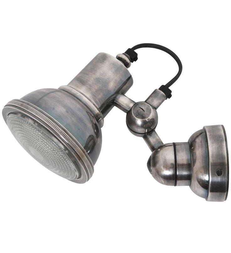 Wandlamp / Spotje Memphis Antiek Zilver. Kapje Is Verstelbaar. Formaat Afdekplaatje Ø 9 Cm. Max 25 Watt E 27. Deze Lamp Is In Onze Winkel Te Zien. Nog 3 Uit Voorraad Leverbaar. Verzenden Van Deze Lamp Is Gratis. Muurlamp / Spotje Memphis Antiek Zilver Antiek Zilver