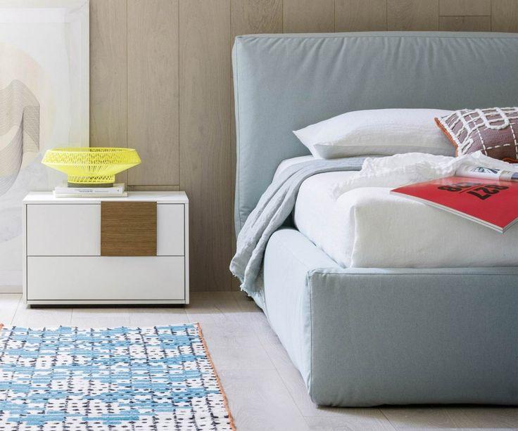 die besten 25 gepolsterter kopfteil ideen auf pinterest stoffkopfteile bett kopfteile und. Black Bedroom Furniture Sets. Home Design Ideas