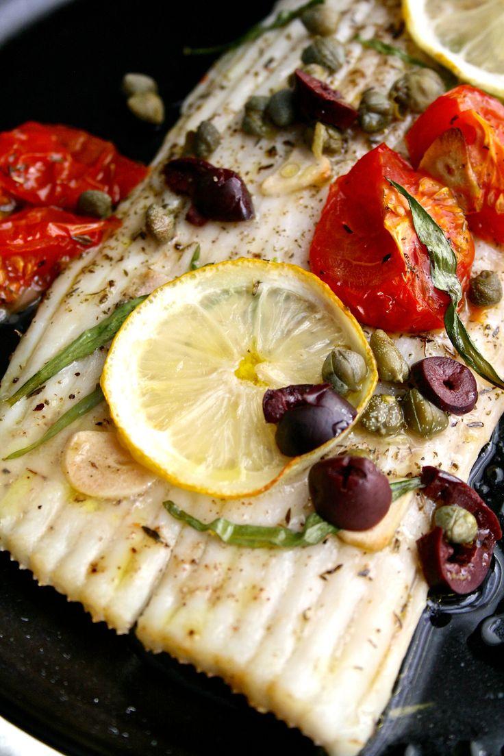 Ovnsbakt skatevinge med tomat, hvitløk og sitron – Maj-Britt Aagaard