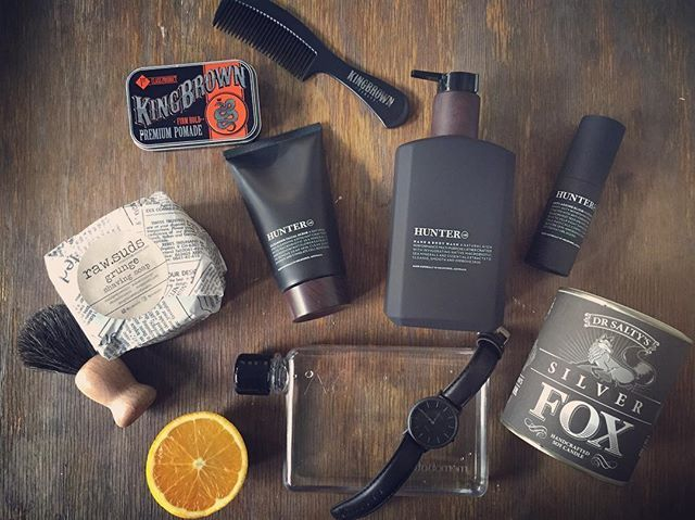 For your man @tobesandcrete #bangalow #giftsforhim @hunter.lab @kingbrown_pomade @raw.suds @anvilcreekco @oozoo_australia @memobottle