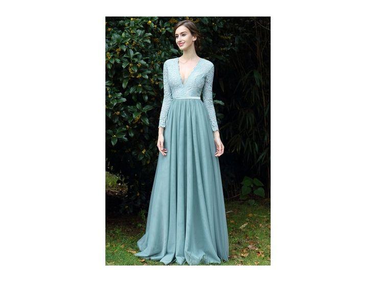 Romantické plesové šaty s krajkovým živůtkem v mint celokrajkový živůtek splývavá sukně živůtek má všitou podprsenku zip na zadní straně délka šatů 155 cm (od ramene k přednímu lemu)