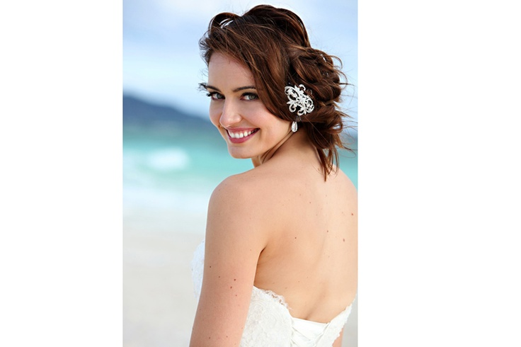 Fiji Wedding Photography, wedding headpiece