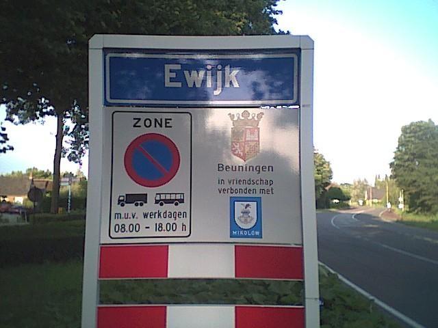 Google Afbeeldingen resultaat voor http://members.chello.nl/g.vandeyzen/g.vandeyzen/Foto/Ewijk.jpg
