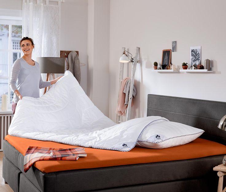 7,99 € Die perfekte Basis für eine gute Nacht: Das Bettlaken aus reinem Bio-Baumwoll-Jersey ist weich, anschmiegsam und besonders saugfähig. Der Rundum-Gummizug sorgt dafür, dass sich das Spannbetttuch einfach aufziehen lässt und faltenfrei sitzt.