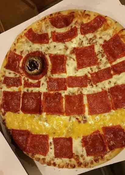 star wars death star pizza
