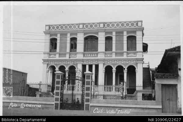 FOTO ESCARRIA. Casa quinta Villa Italia, Cali 1950. OTRO: Biblioteca Departamental Jorge Garces Borrero, 1900. 8.5 X 13.5.