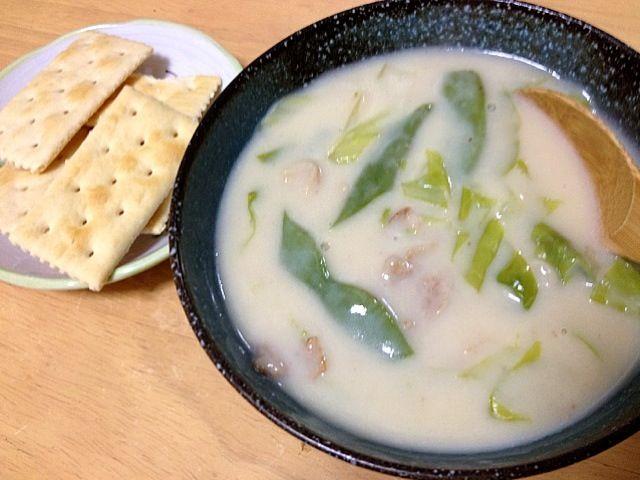 家にあったキャベツ、インゲン、豚肉で。米粉でつけたとろみがなめらか❤ - 2件のもぐもぐ - 米粉使用のクリームシチュー by tamacocco
