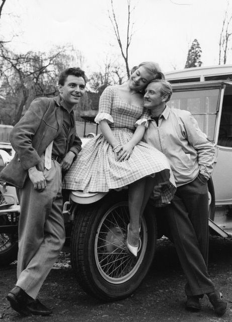 Shirley Eaton, Bob Monkhouse & Leslie Phillips photo -H7208- A Weekend with Lulu | DVDs, Films & TV, Film Memorabilia, Photographs | eBay!