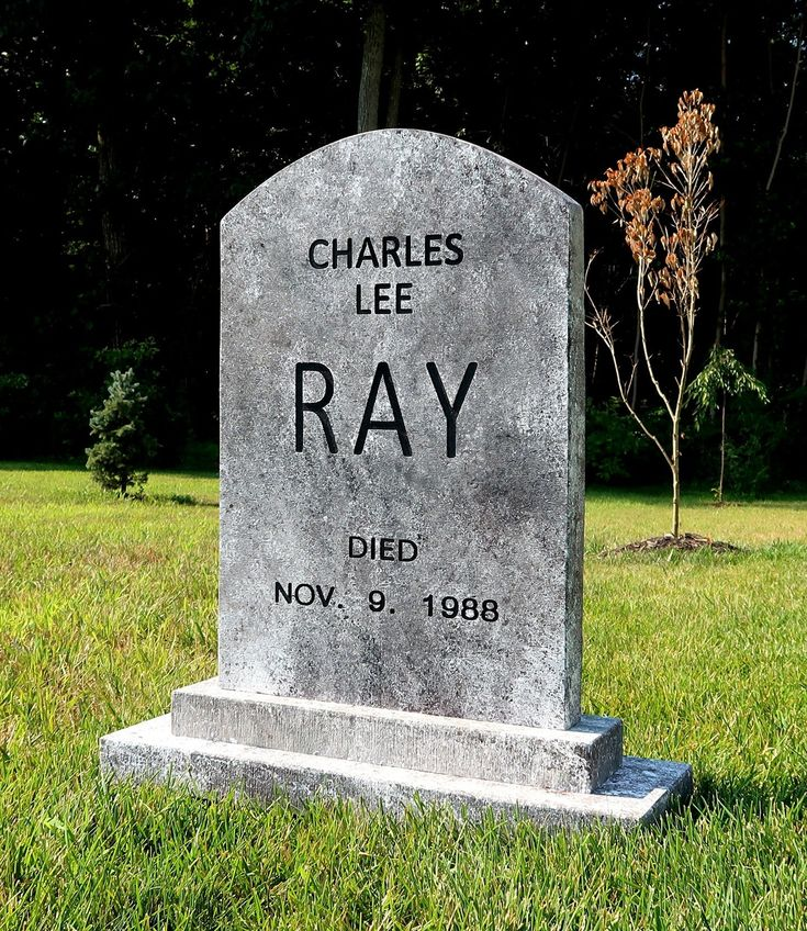 Charles Lee Ray CHUCKY Childs Play Halloween Tombstone